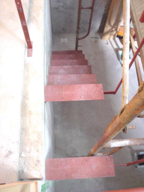 上から見た片持ち階段