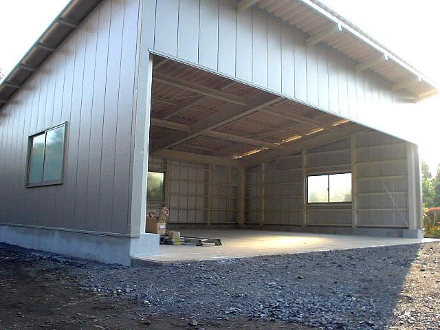 外壁を施工したあとのガレージ完成写真