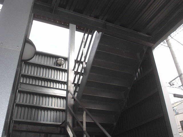 溶融亜鉛メッキされた鋼製階段