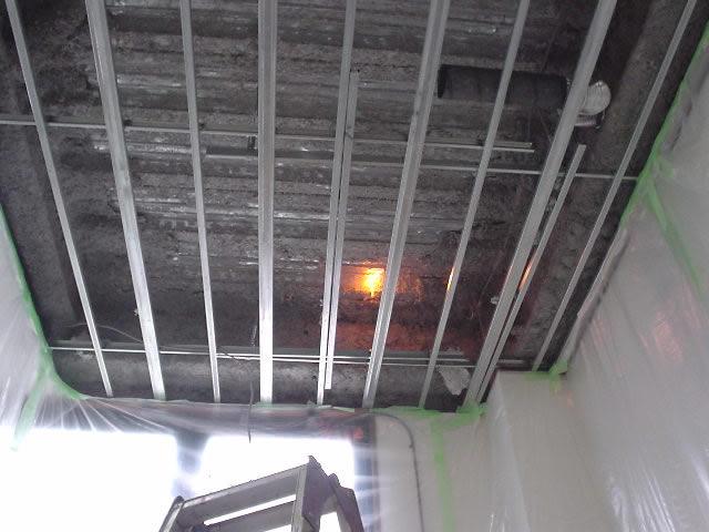床(天井)に開口を設ける改築工事