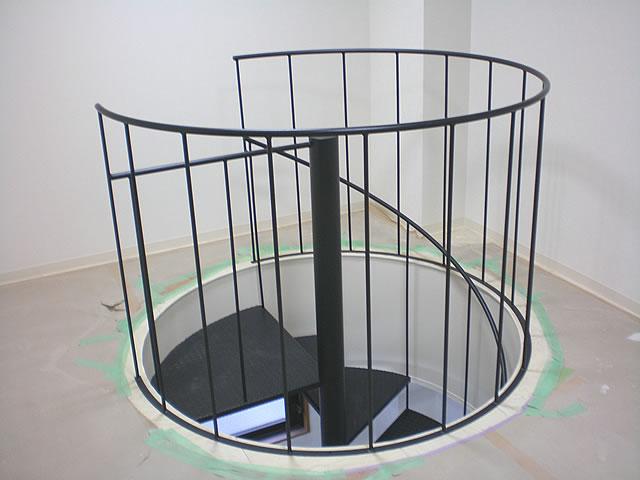 改築工事で完成した螺旋階段(上の階から)
