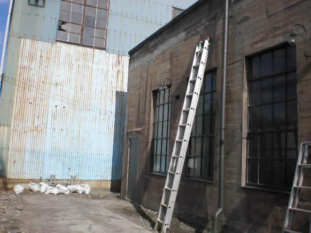 居抜きで再利用される工場建物
