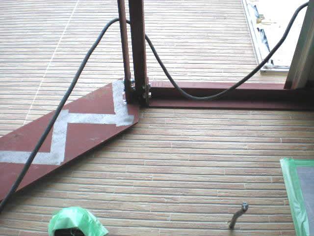 鉄骨階段のササラ桁