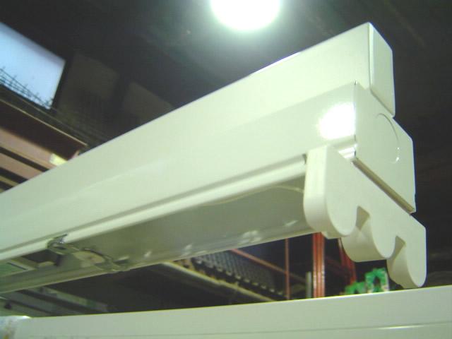 移動照明スタンドの照明器具