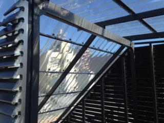 なんということでしょう。「階段屋根の劇的リニューアル」