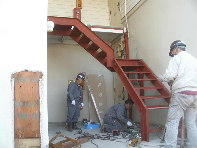 外階段の取り替え工事