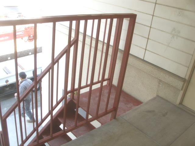 取り替えた外階段