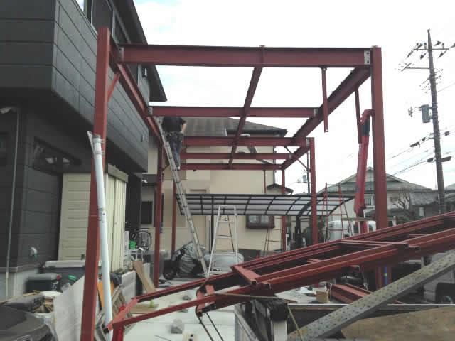 鉄骨スカイデッキの建て方工事