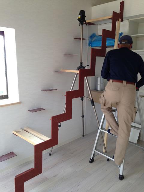 イナズマ室内階段