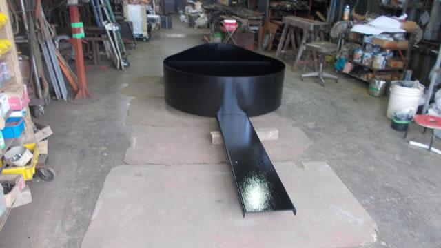 鉄製薪置き場の塗装